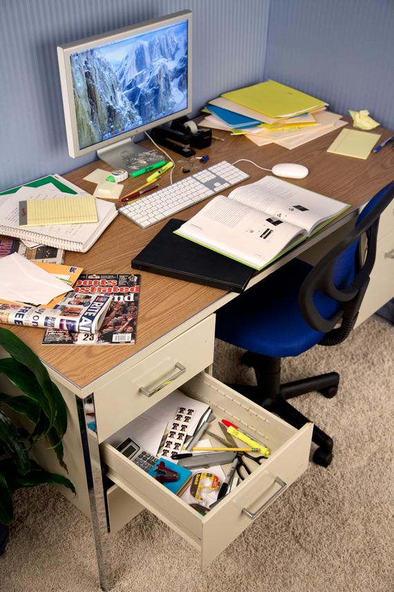 OfficeDesk-Before