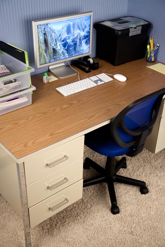 OfficeDesk-After
